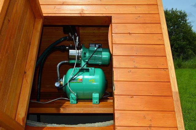 Погружная насосная станция для колодца: устройство, виды, монтаж