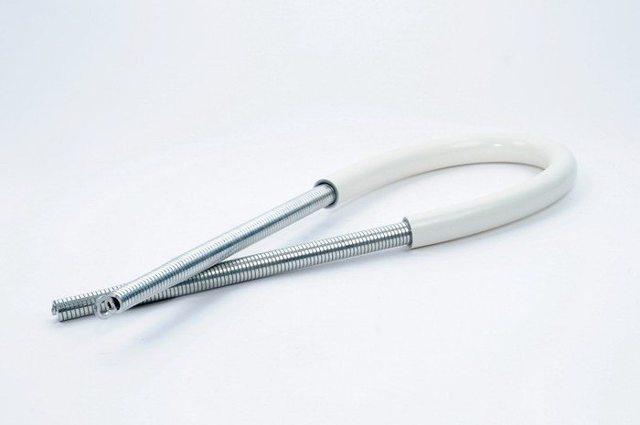 Как согнуть трубу без трубогиба - видео-инструкция