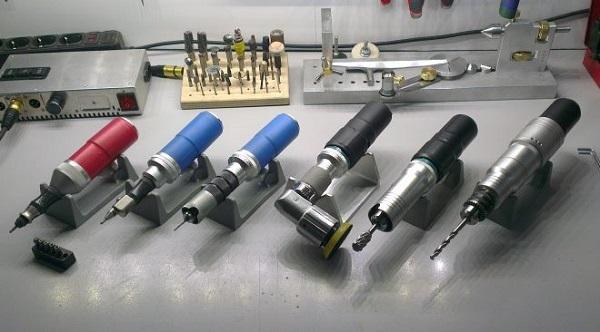 Бормашина электрическая для мелких работ: виды, конструкция, выбор