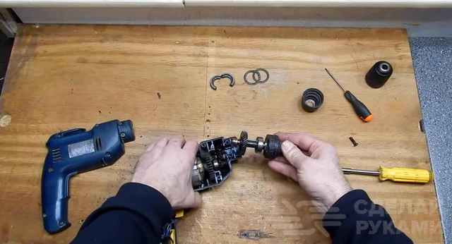 Патрон для дрели (быстрозажимной, ключевой): как снять, заменить, разобрать