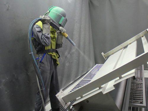 Пескоструйная обработка металла: оборудование, технология, видео