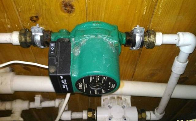 Слабый напор воды в квартире – что делать: как увеличить давление в водопроводе